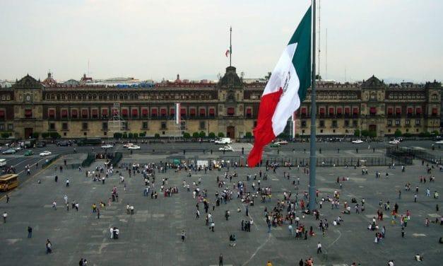 ¡Arriba y adelante, México!