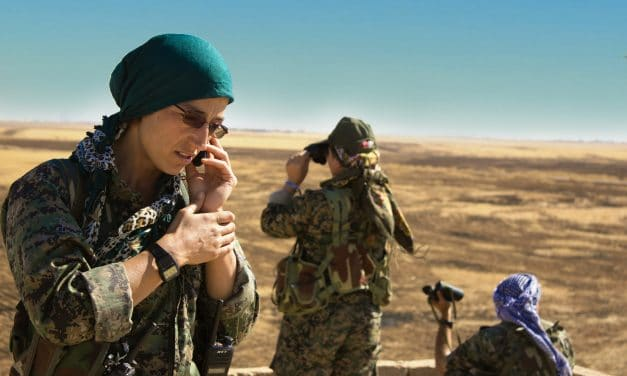 Alba Sotorra, la directora española que ha mostrado al mundo la lucha de las guerrilleras kurdas en Siria