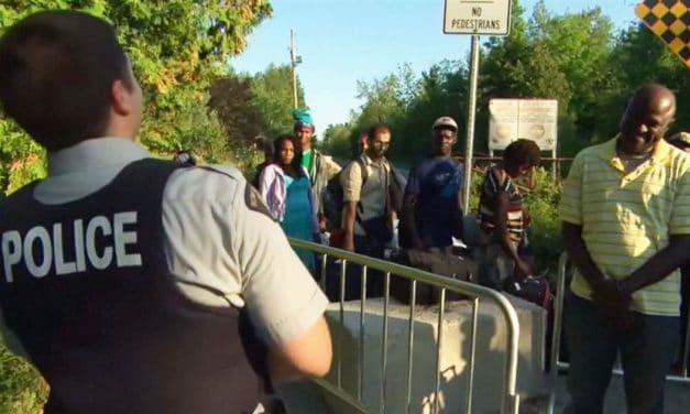"""El refugio es un derecho internacional y los solicitantes no pueden ser considerados """"ilegales"""""""