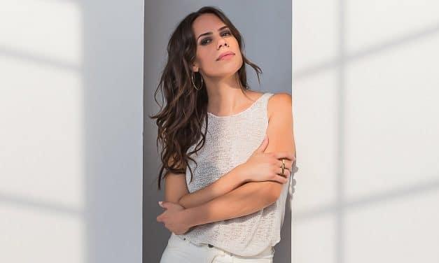 La cantante española Cèlia Pallí lanza 'Complicity', el adelanto de su nuevo álbum